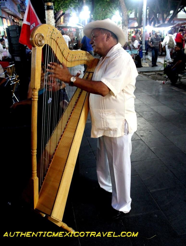 On the street in Veracruz the music flies!