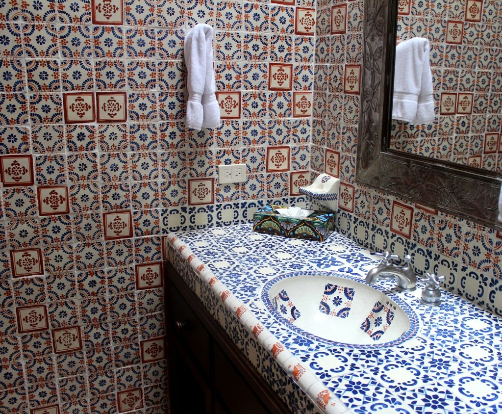 The baths at Flores are smartly decored with local tile.