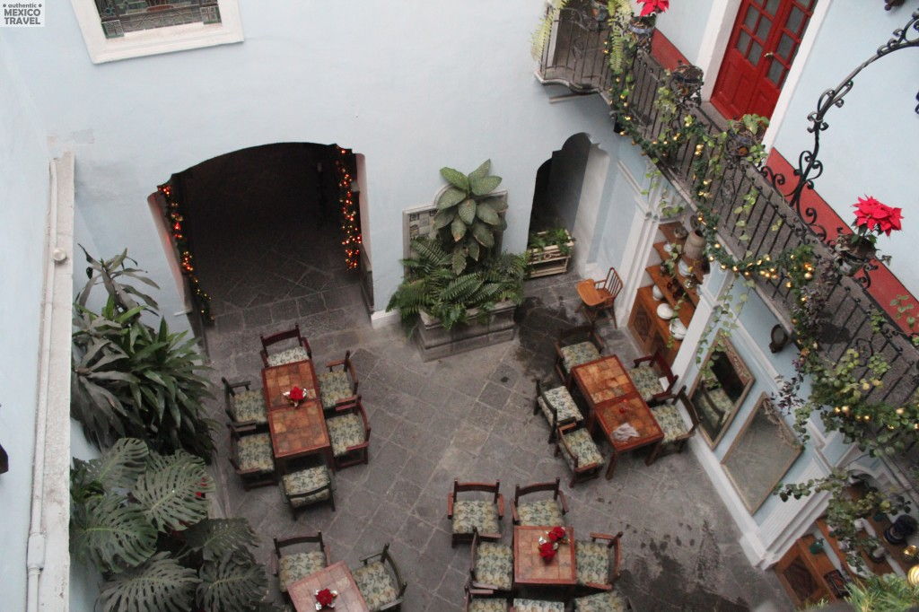 The courtyard of the Hotel Casa de la Palma in Puebla City, Mexico is where we enjoy breakfast each morning on our Puebla tours.